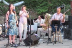 Dixie Rhythm Aces at Rogers Park (photo by PeterEisenbrown)